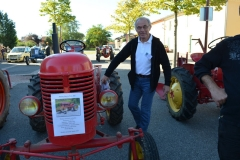 Michel et son Farmall Cub